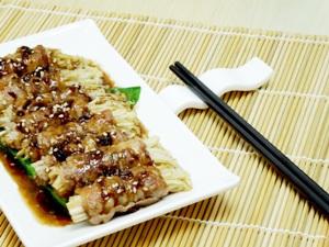 日式金菇牛肉卷拌時菜 (HK$58)